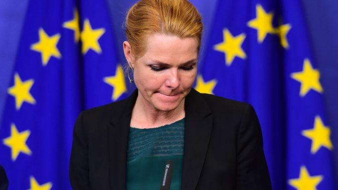 La Salvini danese che annuncia e non fa