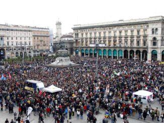 manifestazione Milano contro il razzismo
